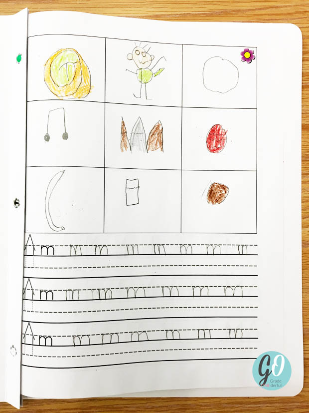 Read about my printing practice in my Grade 1 class and grab your own printing template. I love the way we do this because it\'s closely tied in to The McCrackens Spelling Through Phonics program.